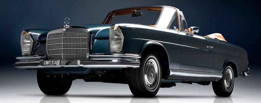 1961 Mercedes-Benz S-Class Cabriolet Front View