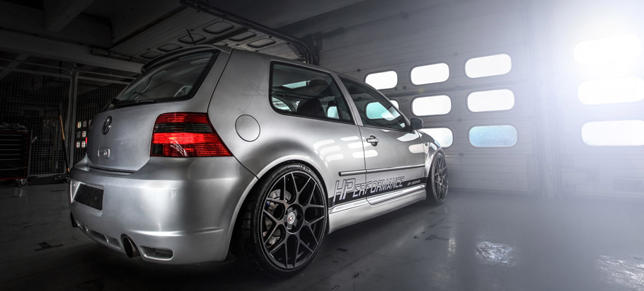 HPerformance Volkswagen Golf R32 Rear View