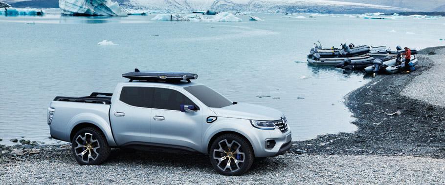 Renault Alaskan Concept Sidde View 1