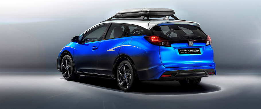 Honda Civic Tourer Active Life Concept Rear and Side View
