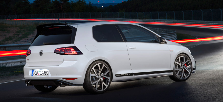 Volkswagen Golf GTI Clubsport Rear and Side View