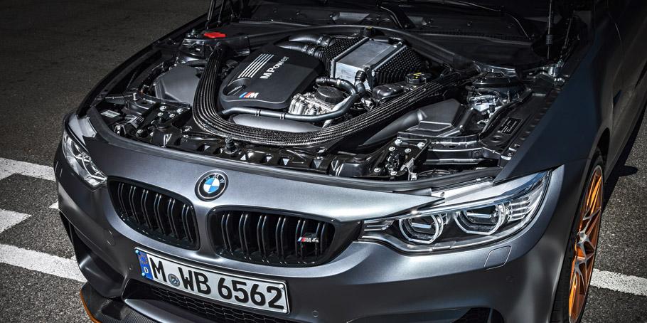 2016 BMW M4 GTS Engine