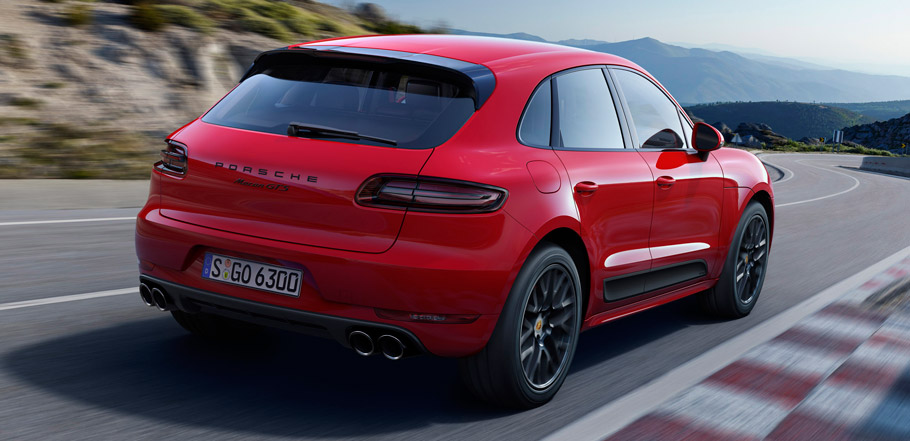 Porsche Macan GTS Rear View