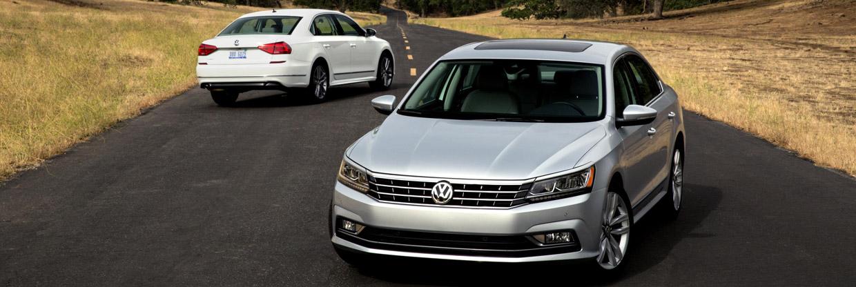 2016 Volkswagen Passats Front and Rear View