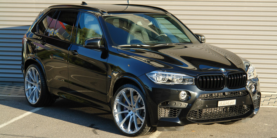dÄHLer BMW X5 M Front and Side View