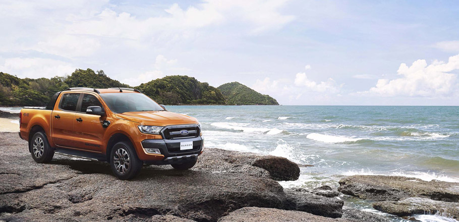 Ford Ranger Side View
