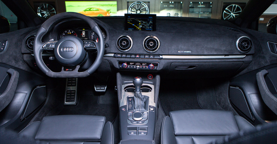 ABT Audi RS3 450 Interior