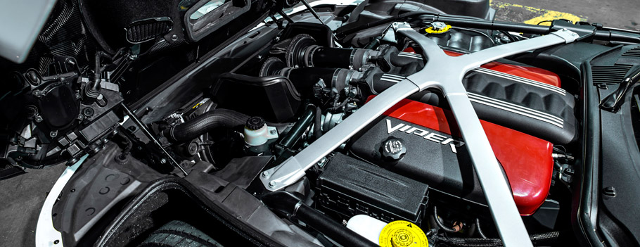 GeigerCars.de Dodge Viper GTS R710 Engine