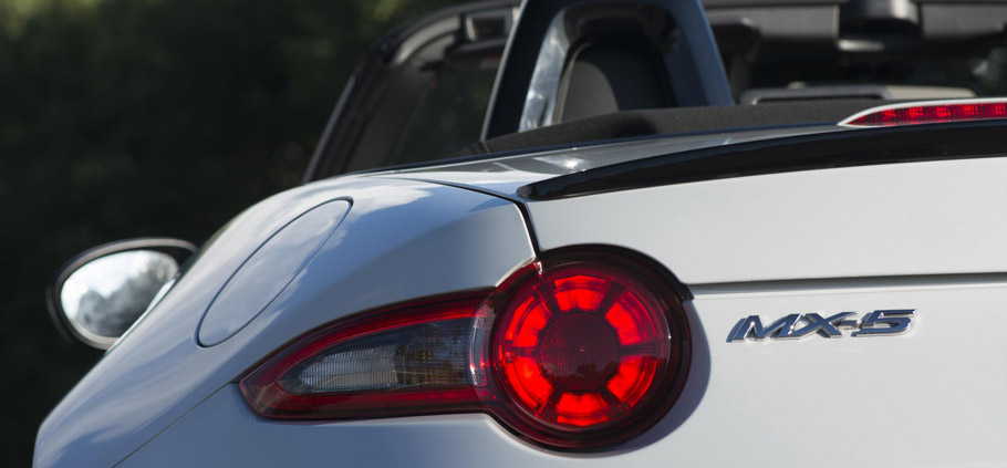 Mazda MX-5 Sport Recaro Limited Edition Rear View