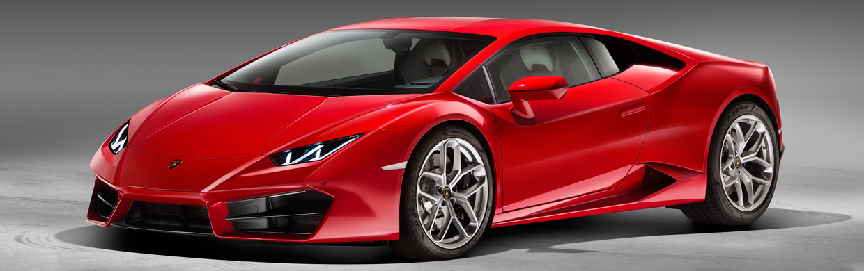 Lamborghini Huracan LP 580-2 Front and Side View