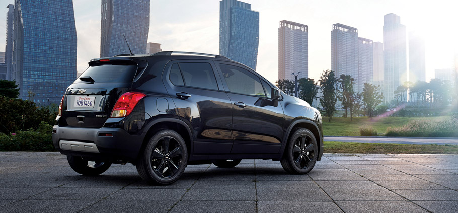 2016 Chevrolet Trax Midnight Edition Side View