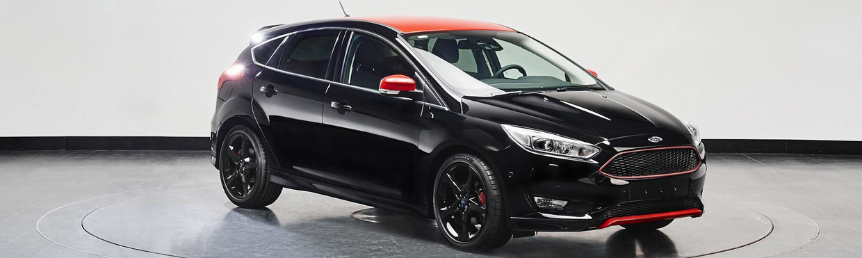 Ford Focus Black Edition Side View