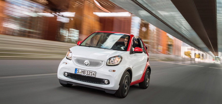 smart fortwo cabrio Front View