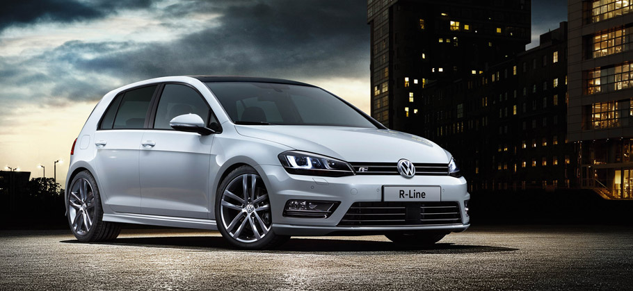 Golf R-Line Edition Side View