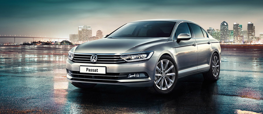 Volkswagen Passat SE Business Front View