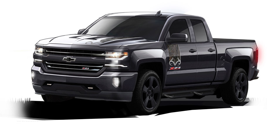 2016 Chevrolet Silverado Realtree Edition Front View