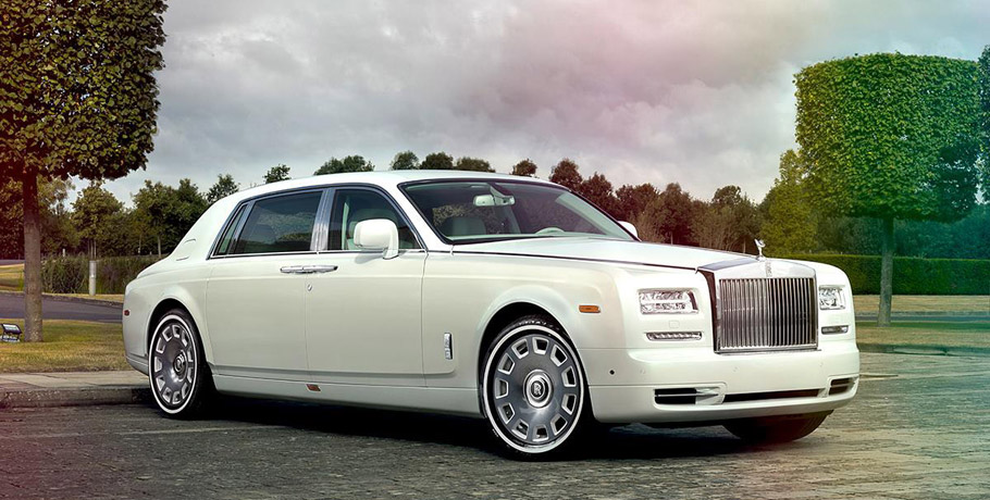 Jade Pearl Rolls-Royce Phantom Exterior