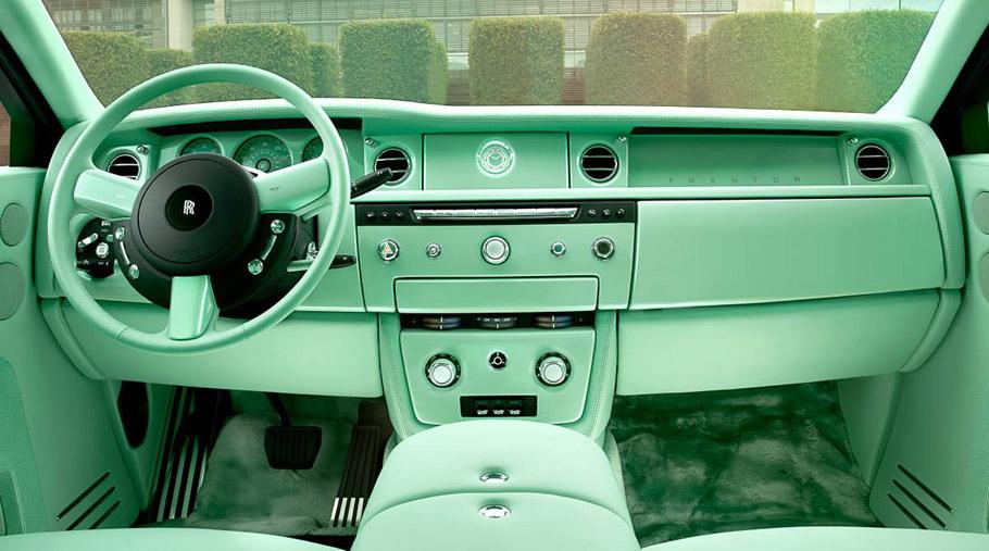 Jade Pearl Rolls-Royce Phantom Interior