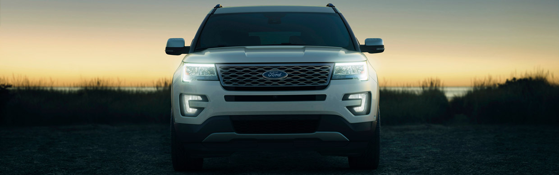 Ford Explorer Platinum Front View