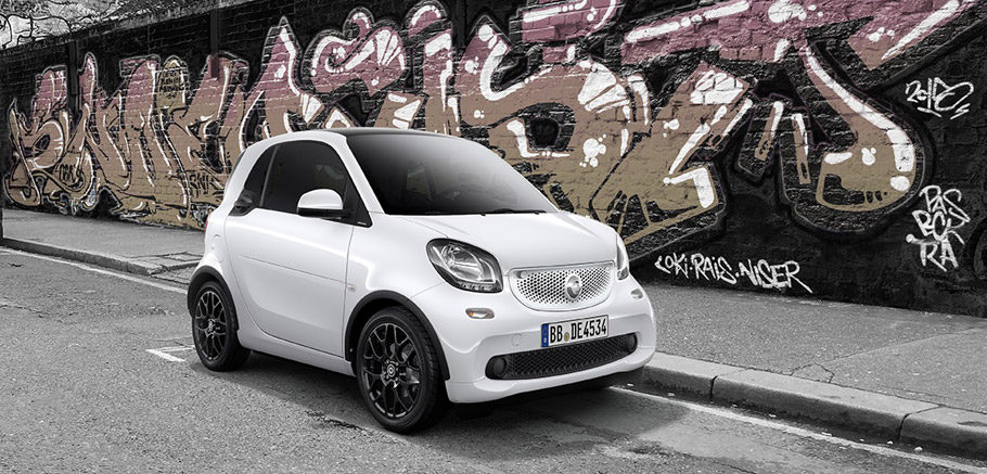 smart fortwo edition white