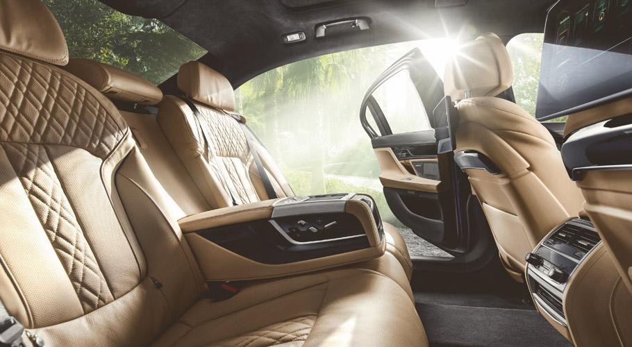 2016 BMW Alpina B7 Bi-Turbo Supersaloon