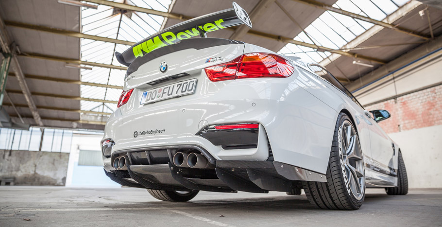 2016 Carbonfiber Dynamics BMW M4 M4R Rear View