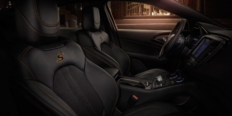 Chrysler 200S Alloy Edition Interior View