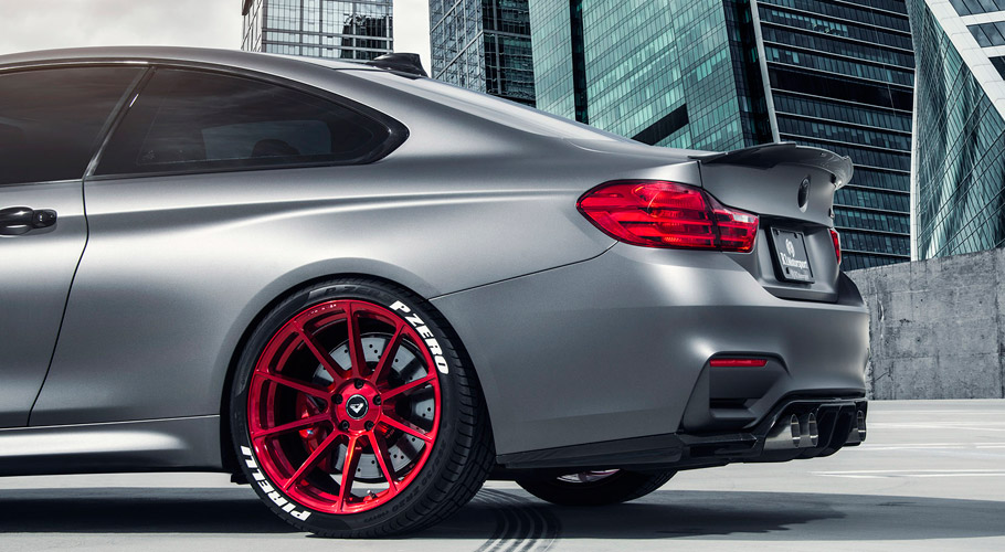 Vorsteiner BMW M4 F8X Frozen Gray Wheels at the Rear