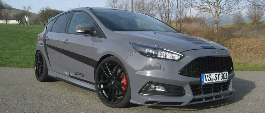JMS Ford Focus ST3 Front and Side View