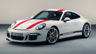 Agile and Powerful, 911 R Brings Refined Driving Dynamics and Tons of Enhancements