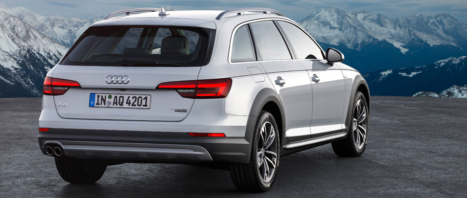 Audi A4 allroad quattro Rear View