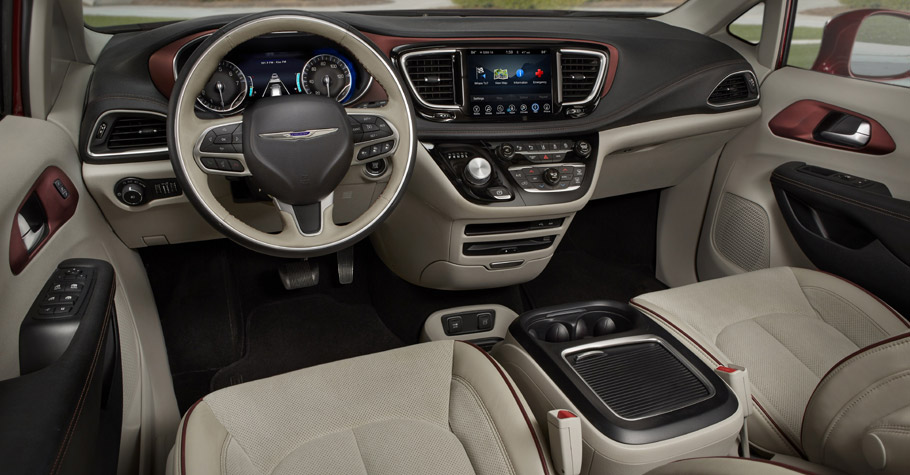 2017 Chrysler Pacifica Inerior