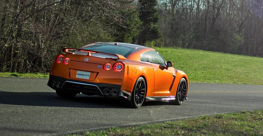 2017 Nissan GT-R Rear View