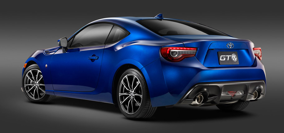 2017 Toyota GT86 Rear View