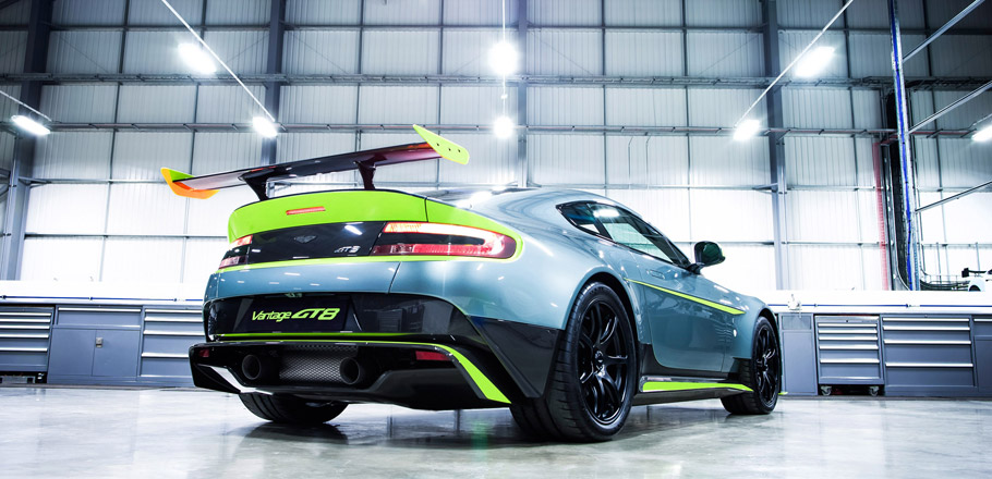 Aston Martin Vantage GT8  Rear View