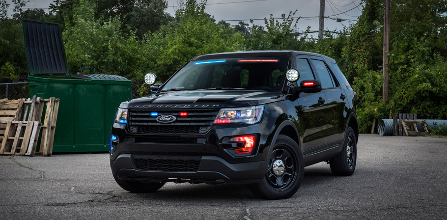 2016 Ford Police Interceptor Utility Vehicle front view