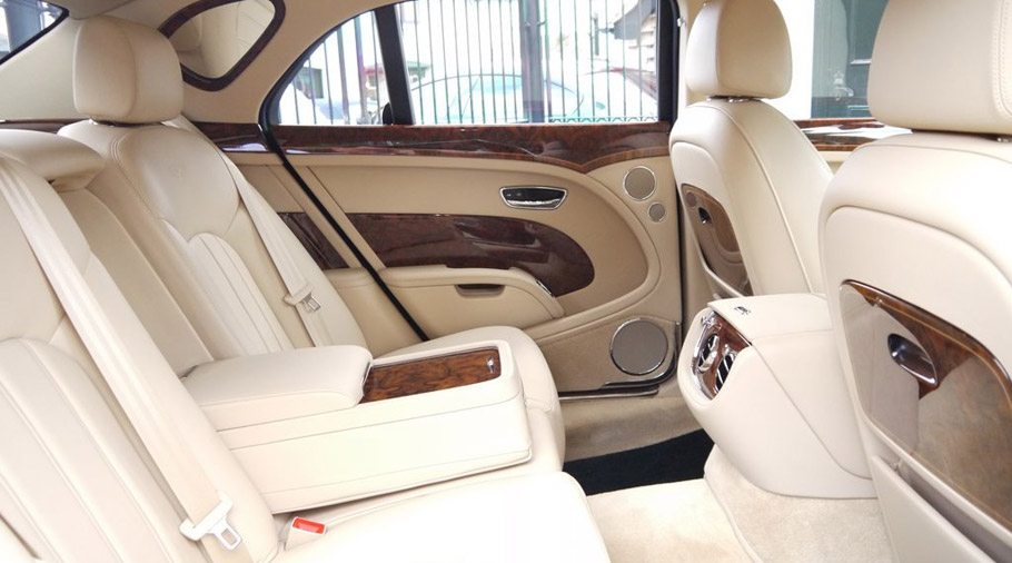 Cost Less Auto >> Queen Elizabeth Sells the Royal Bentley Mulsanne