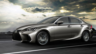 Lexus Shows the Refreshed IS Model in Beijing