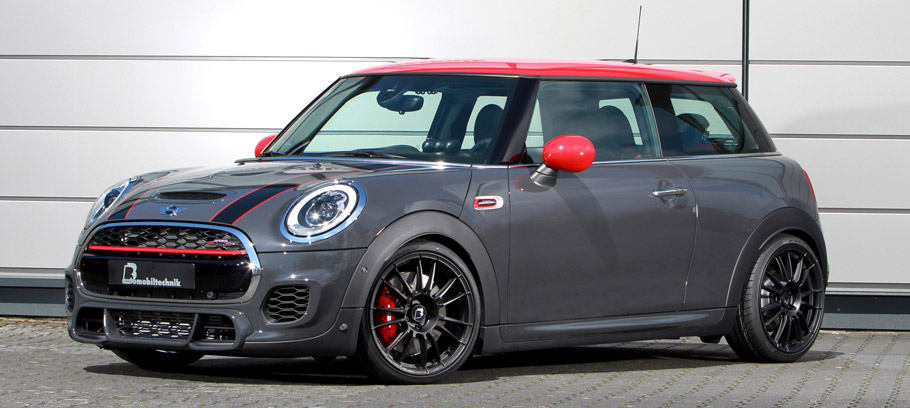 B&B MINI John Cooper Works side view