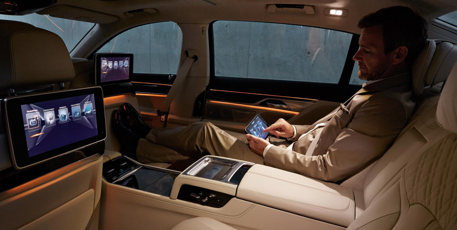 2016 BMW 7 Series Lounge