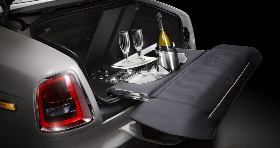 Rolls-Royce Phantom Zenith Collection Champagne time
