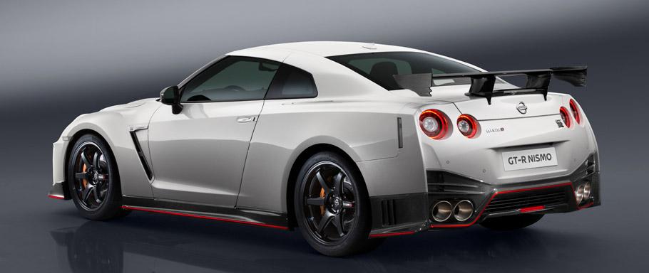 2017 Nissan GT-R NISMO