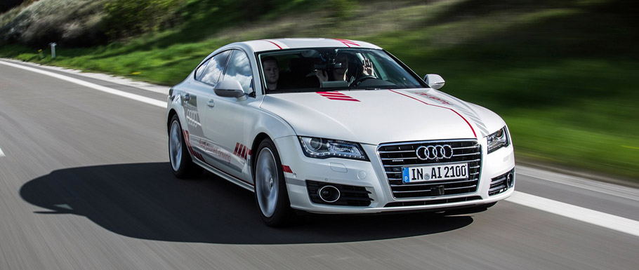 Audi A7 piloted driving concept front view