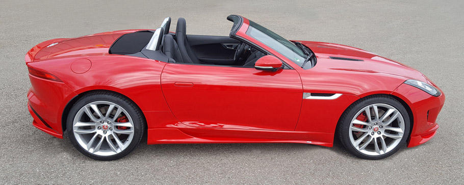 Piecha Jaguar F-Type Cabrio side view