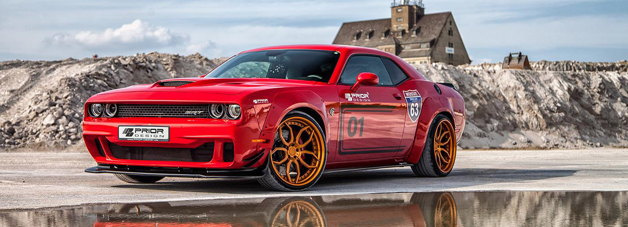 Prior-Design Dodge Challenger Hellcat front and side view