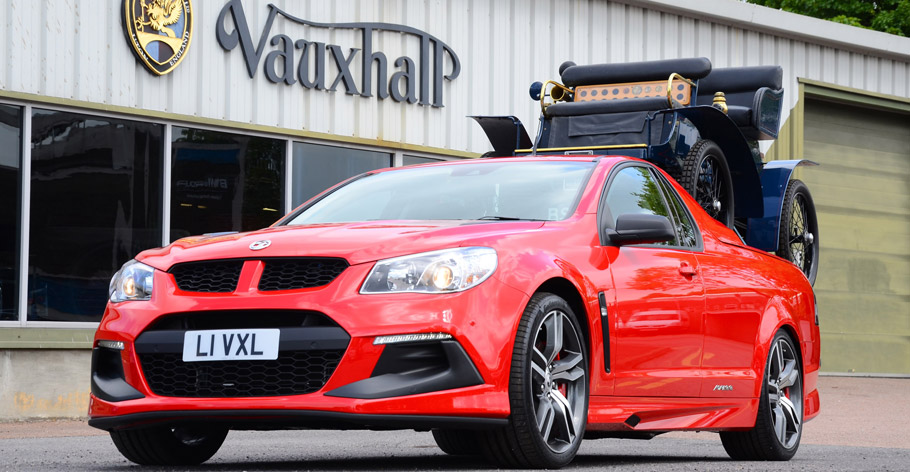 Vauxhall VXR8 Maloo LSA and 1903 Vauxhall 5HP  front view