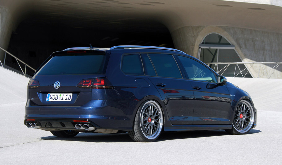 Wetterauer Engineering Volkswagen Golf R rear view