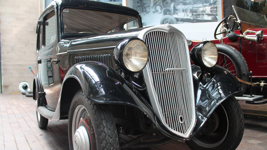 1935 Datsun Type 14 front view