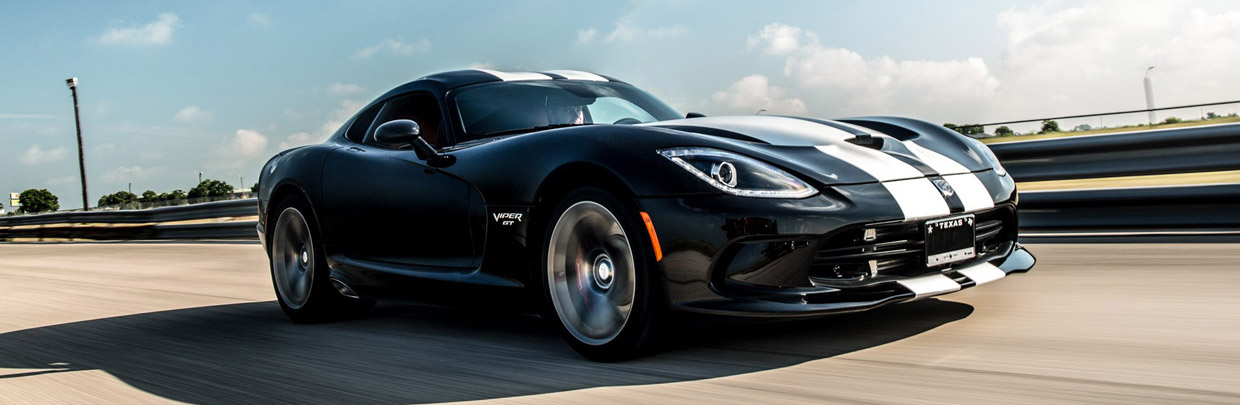 Hennessey Dodge Viper Venom 800 Supercharged front and side view