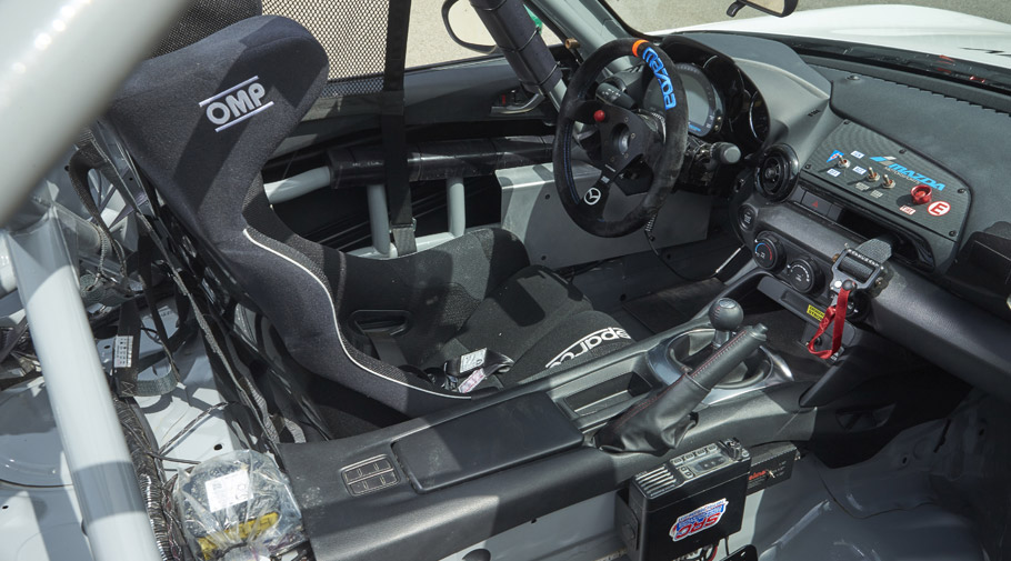 2016 Mazda MX-5 Cup Car
